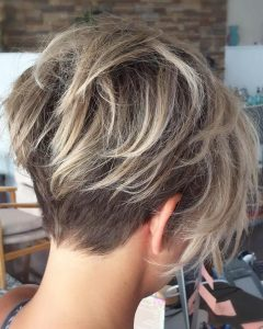 Shaggy Pixie Hairstyles With Balayage Highlights