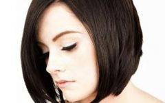Short Hairstyles for an Oval Face