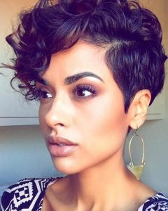 Related about Short Haircuts For Black Women With Round Faces