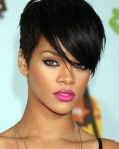 Short Hairstyles For High Foreheads