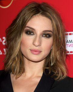 Medium Haircuts Square Face