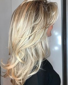 Full and Bouncy Long Layers Hairstyles