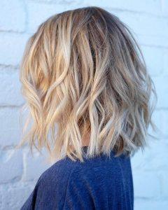 Messy Honey Blonde Bob Haircuts