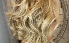 Feminine Wavy Golden Blonde Bob Hairstyles