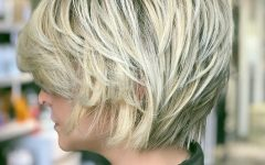 Short Sliced Metallic-blonde Bob Hairstyles