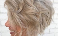 Sophisticated Wavy Ash-Blonde Pixie Bob Hairstyles