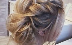 Destructed Messy Curly Bun Hairstyles for Wedding