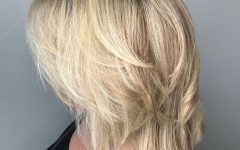 Short and Medium Layers Haircuts for Fine Hair