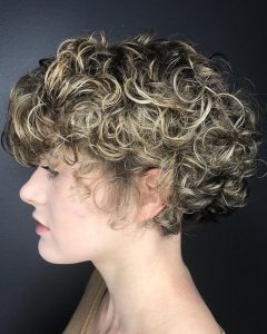 Angelic Blonde Balayage Bob Hairstyles with Curls