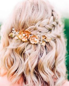 Hairstyles For Short Hair For Graduation