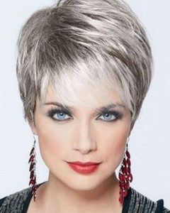 Short Hairstyles For 60 Year Old Woman