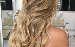 Long Wavy Layers Hairstyles
