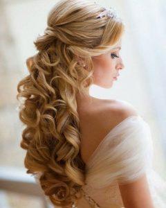 Neat Bridal Hairdos With Headband