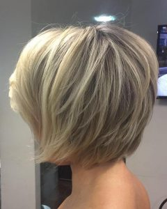 Short Blonde Bob Hairstyles With Layers