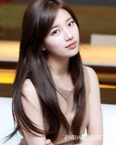 Korean Women with Long Hairstyles