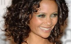 Curly Medium Hairstyles for Oval Faces
