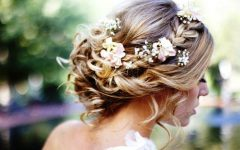 Elegant Medium Hairstyles for Weddings