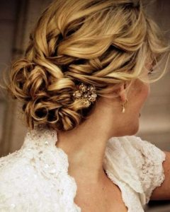 Wedding Hairstyles For Medium Hair For Bridesmaids