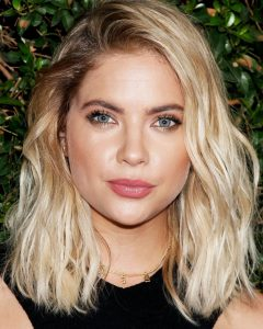 Voluminous And Carefree Loose Look Blonde Hairstyles