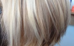 Messy Blonde Lob with Lowlights
