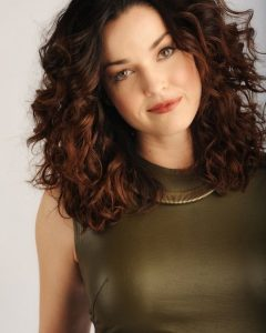 Medium Haircuts with Curly Hair