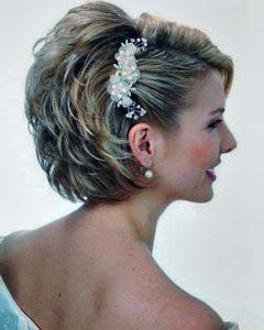 Beach Wedding Hairstyles For Short Hair