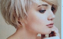 Paper White Pixie Cut Blonde Hairstyles