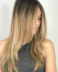 Descending Face-framing Layers for Long Hairstyles