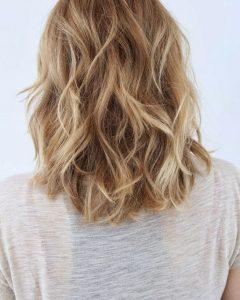 Medium Layered Wavy Haircuts