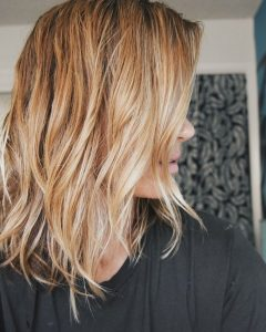 Messy Hairstyles with Beachy Waves