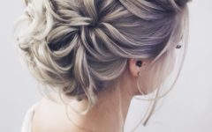 Delicate Curly Updo Hairstyles for Wedding