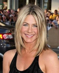Jennifer Aniston Long Layered Bob Hairstyles