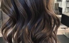 Long Waves Hairstyles with Subtle Highlights