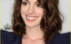 Anne Hathaway Medium Haircuts