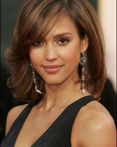 Best Medium Haircuts For Square Faces