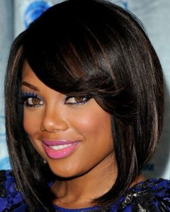 Medium Haircuts For Round Faces African American