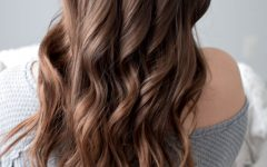 Everyday Loose Wavy Curls for Long Hairstyles
