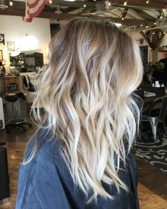 Balayage Blonde Hairstyles with Layered Ends