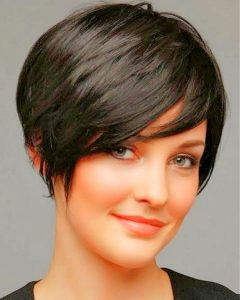 Shaggy Pixie Haircut for Round Face