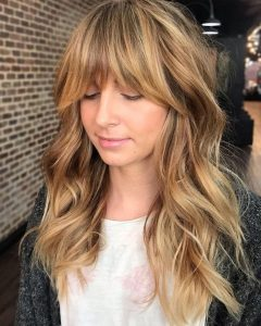 Honey Bronde Shaggy Hairstyles With Bangs