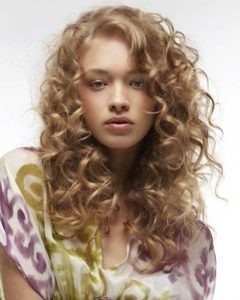 Long Hairstyles With Layers And Curls