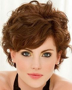 Feminine Shorter Hairstyles For Curly Hair