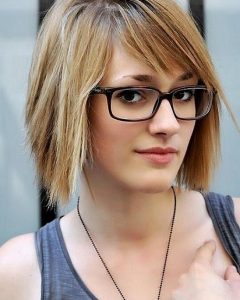 Short Hairstyles For Glasses Wearers