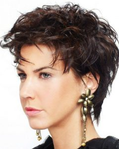 Short Haircuts For Thick Frizzy Hair