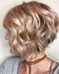 Short Wavy Inverted Bob Hairstyles