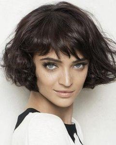 Short Wavy Bob Hairstyles for Women