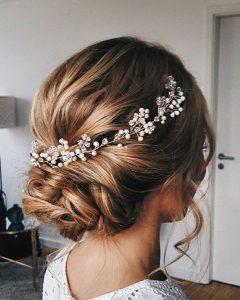 Short Classic Wedding Hairstyles With Modern Twist