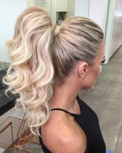 Full And Fluffy Blonde Ponytail Hairstyles