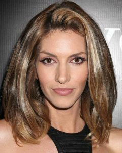 Medium Hairstyles For Oval Faces And Thick Hair