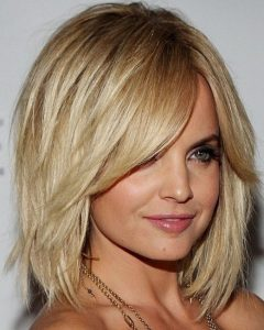 Medium-to-long Choppy Haircuts with Bangs